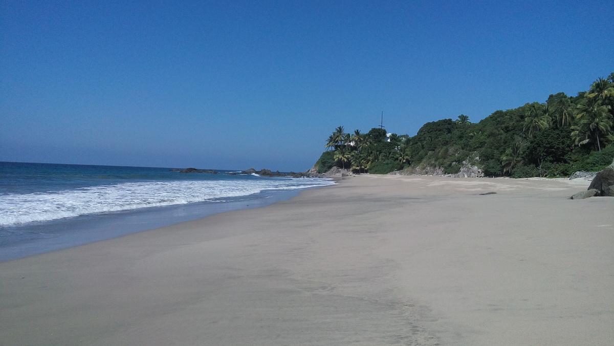 1 de 7: playa pazcuarito