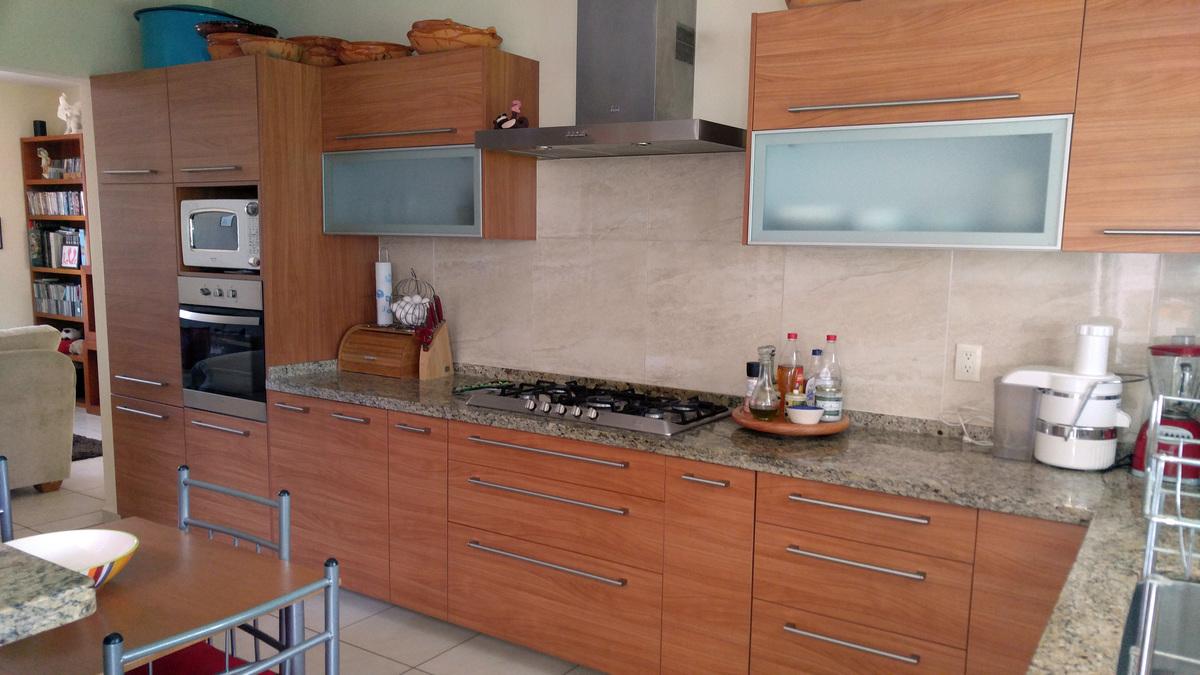 3 de 15: Cocina Vista 2