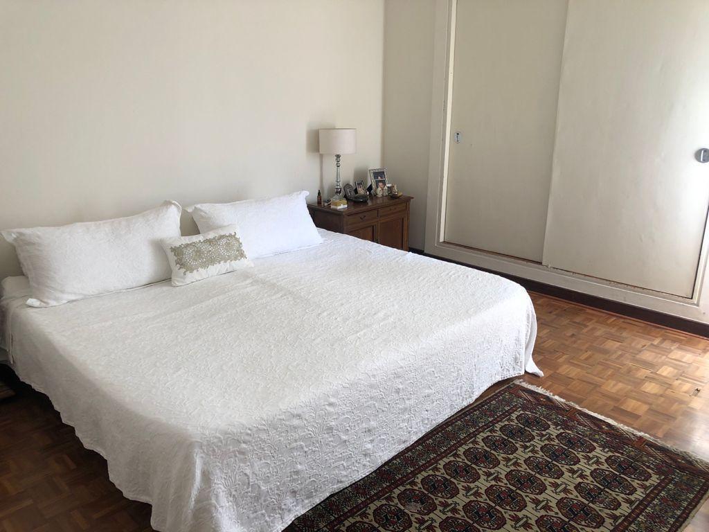 17 de 19: Dormitorio con closet en el segundo piso.