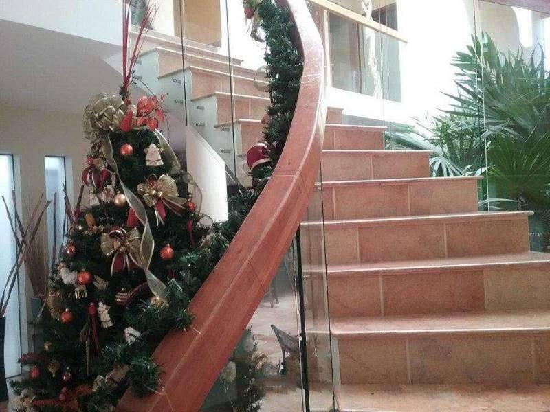 6 de 14: Escaleras