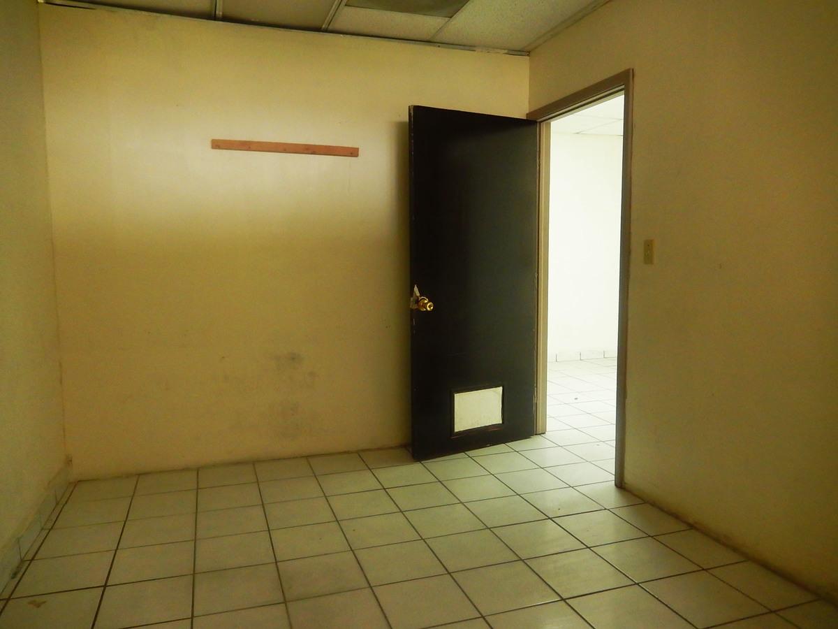 5 de 10: Oficinas en Renta en Plaza el Tigre PMR-35