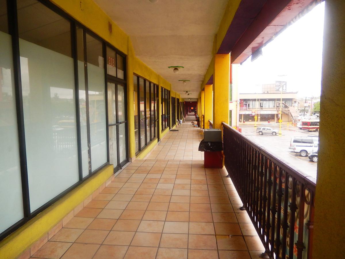 10 de 10: Oficinas en Renta en Plaza el Tigre PMR-35