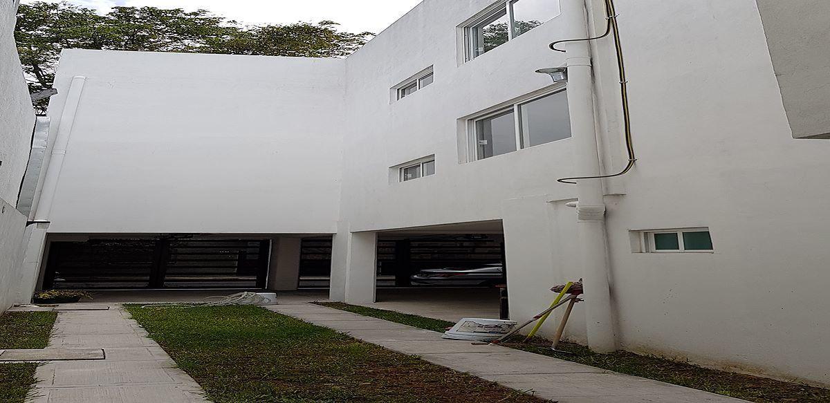20 de 23: vista interior del edificio