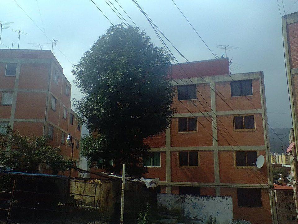 1 de 19: Edificio (Vista frontal)