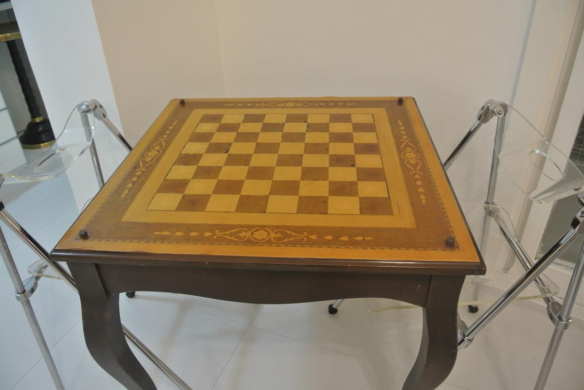 20 de 27: mesa ajedrez
