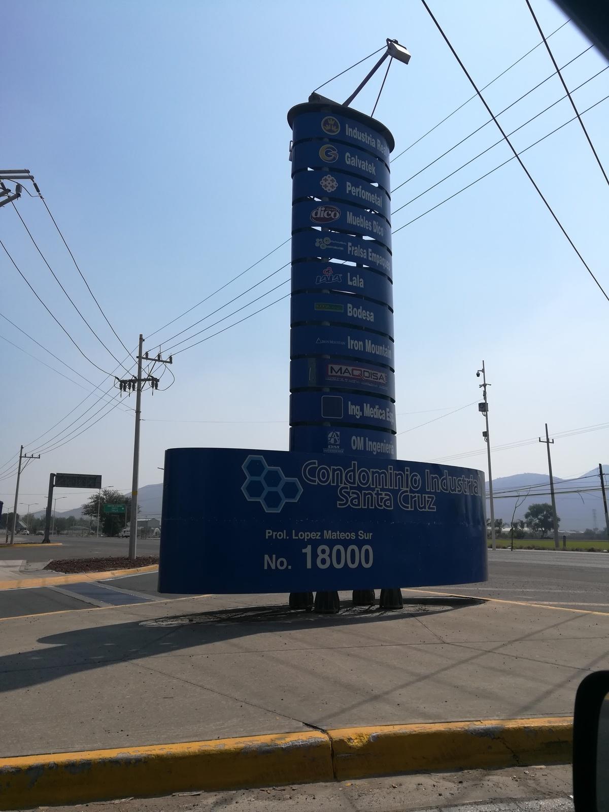 19 de 19: Condominio Industria Santa Cruz