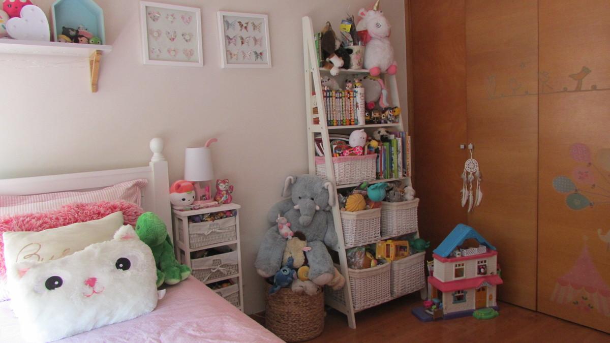 9 de 14: Dormitorio niña 2