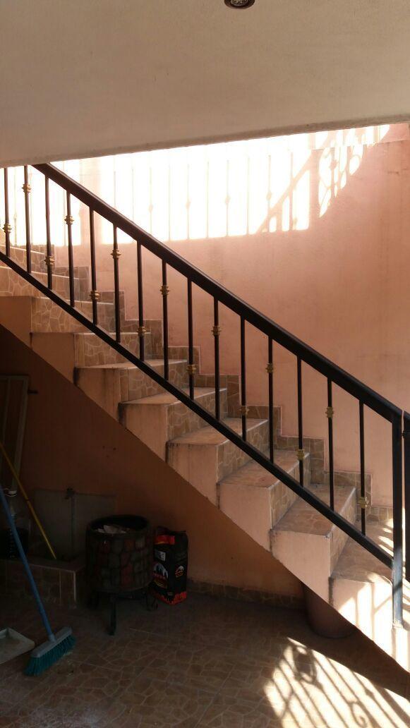 11 de 16: Escaleras independientes para acceso a departamentos