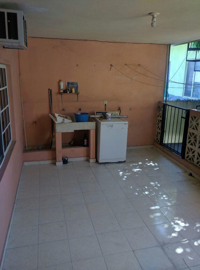 16 de 16: Lavandería departamento 1