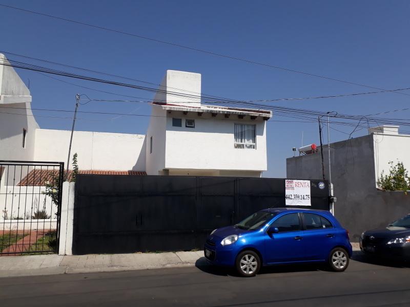 SIN MUEBLES 3 REC CON CLOSET, SALON EN SOTANO, JARDIN, AREA DE ...