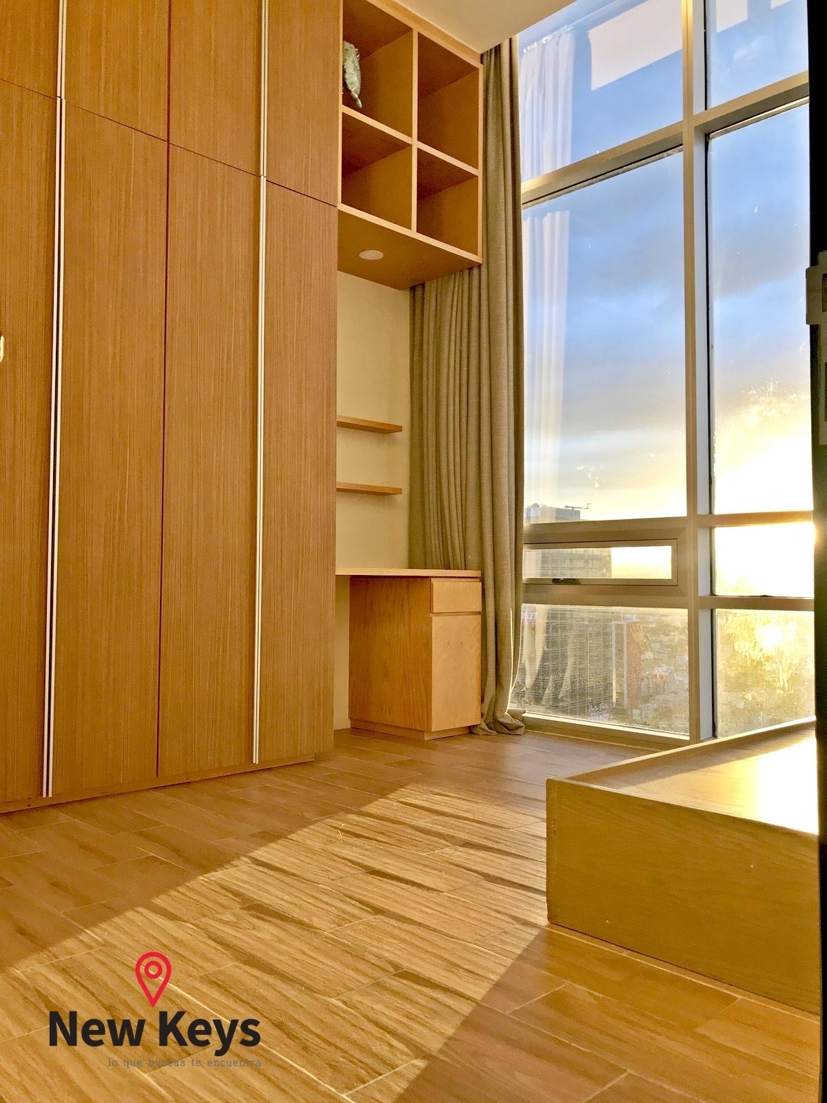22 de 38: Tercera recámara, closet, escritorio y hermosa vista
