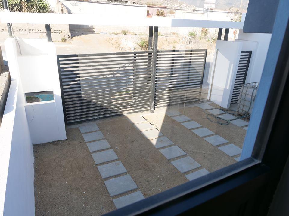 Casa minimalista de 1 590 000 en terrazas el gallo for Casa minimalista guatemala