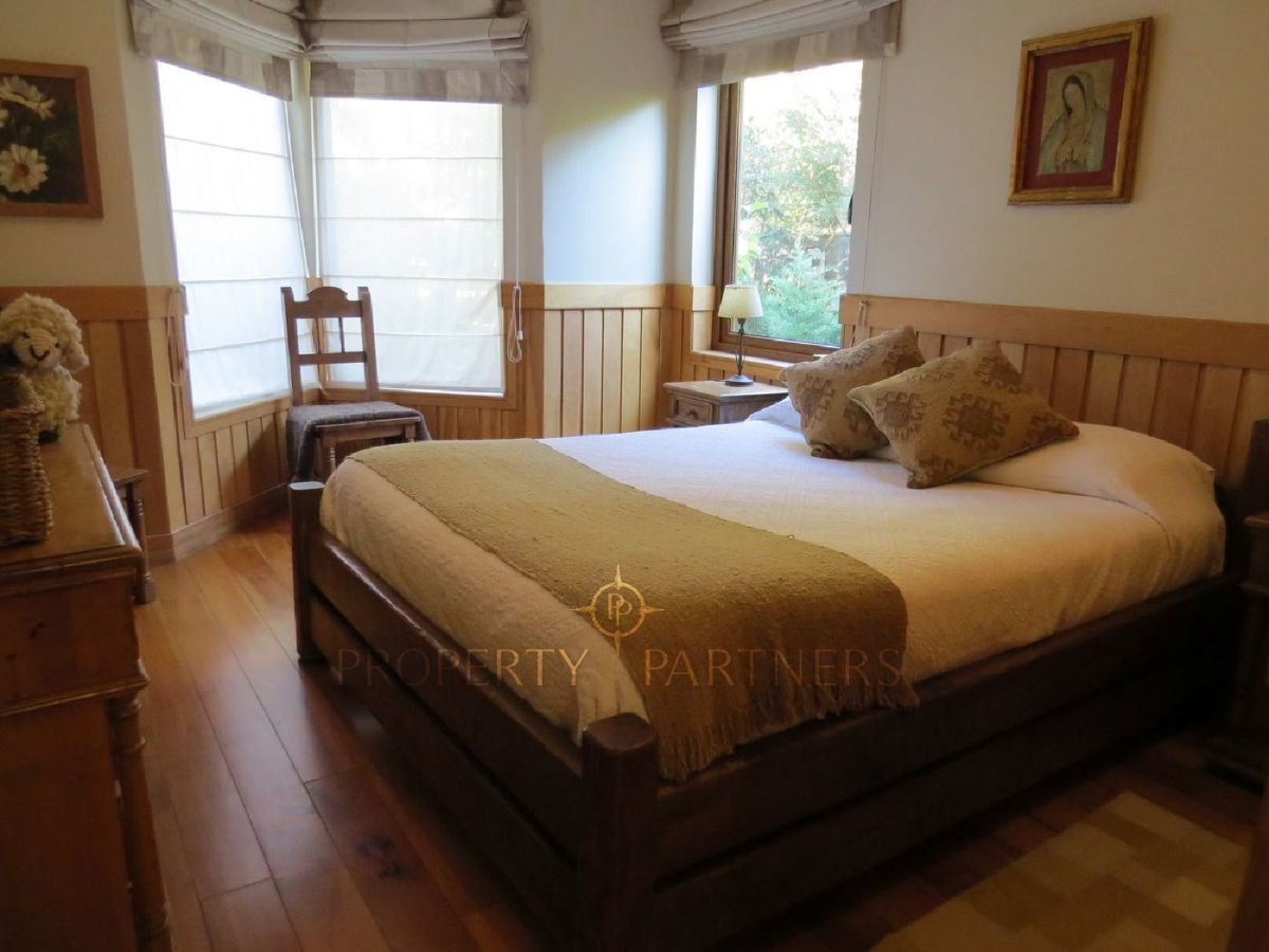 15 de 21: Dormitorio de alojados