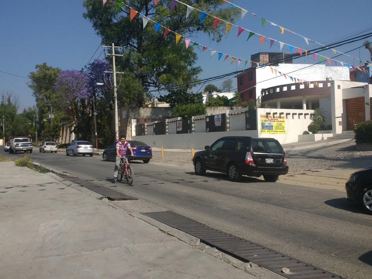 13 de 14: Av. hidalgo; frente condominio horizontal