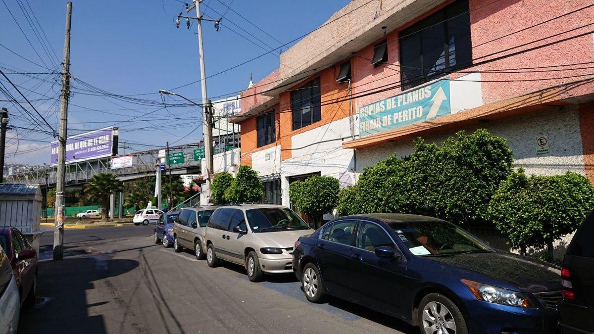 5 de 7: Calle Olmos.