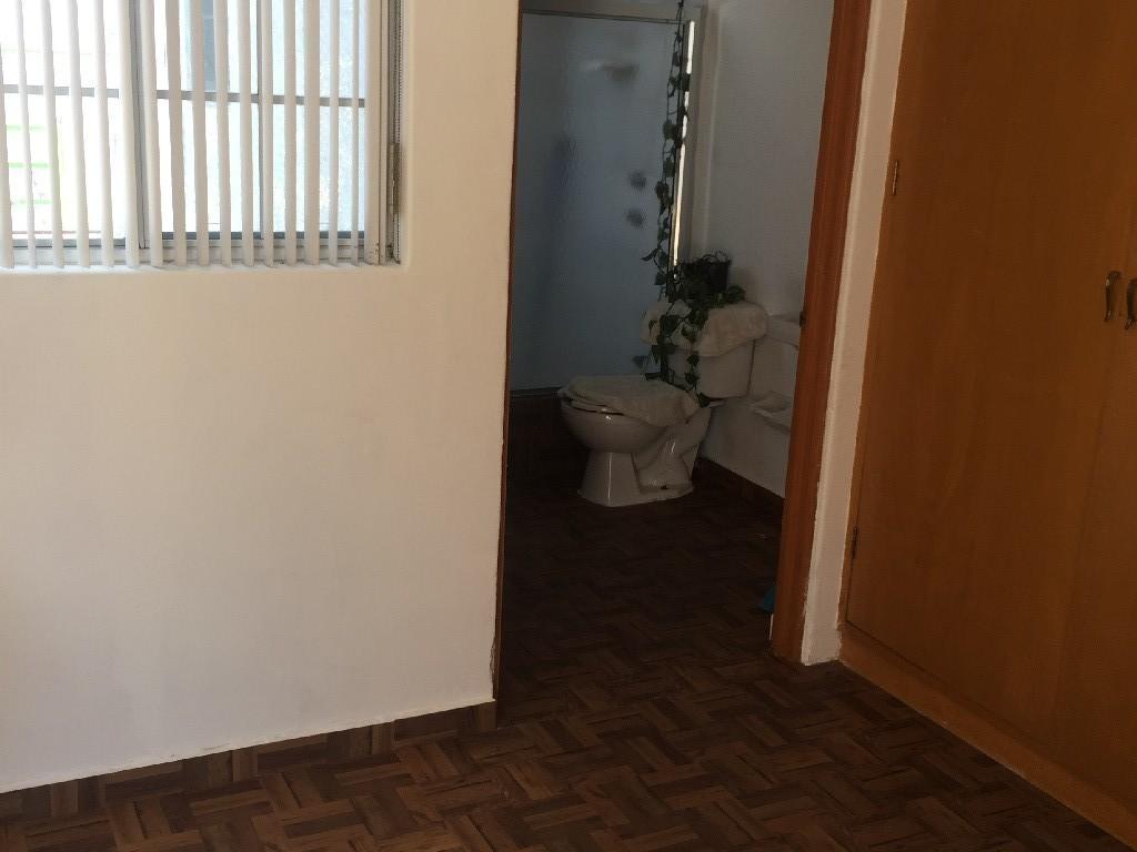 26 de 27: baño cuarto de servicio
