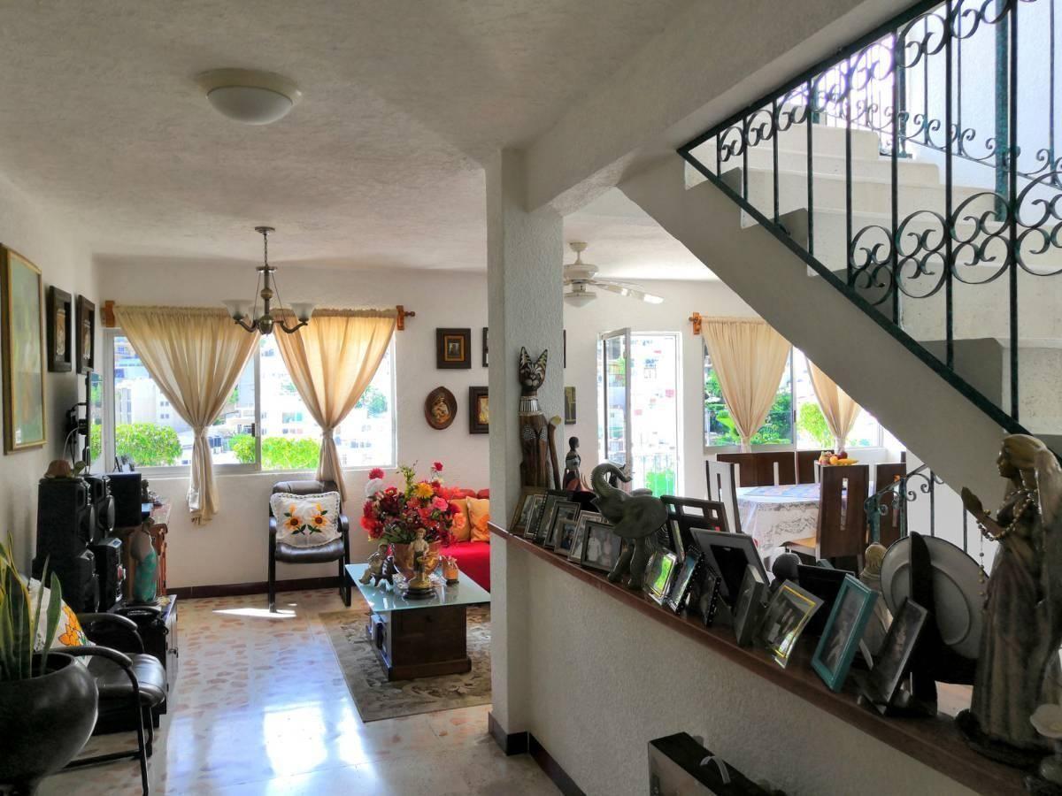 35 de 37: Casa sola en Cumbres a unos pasos de Farallón