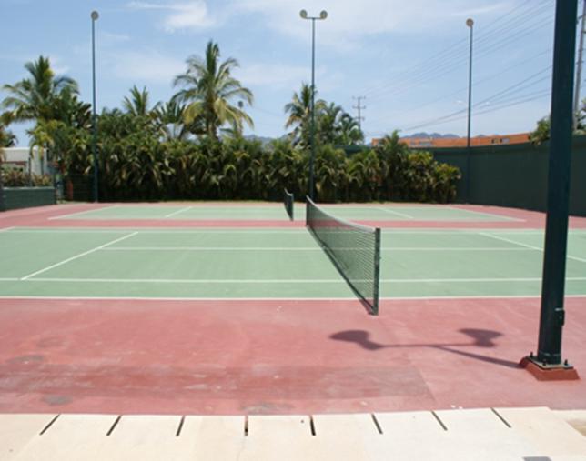 22 de 25: Canchas de tenis