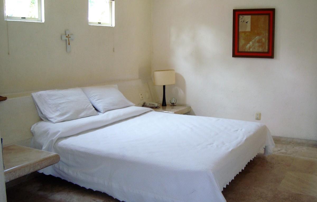 26 de 35: Habitación en bungalow