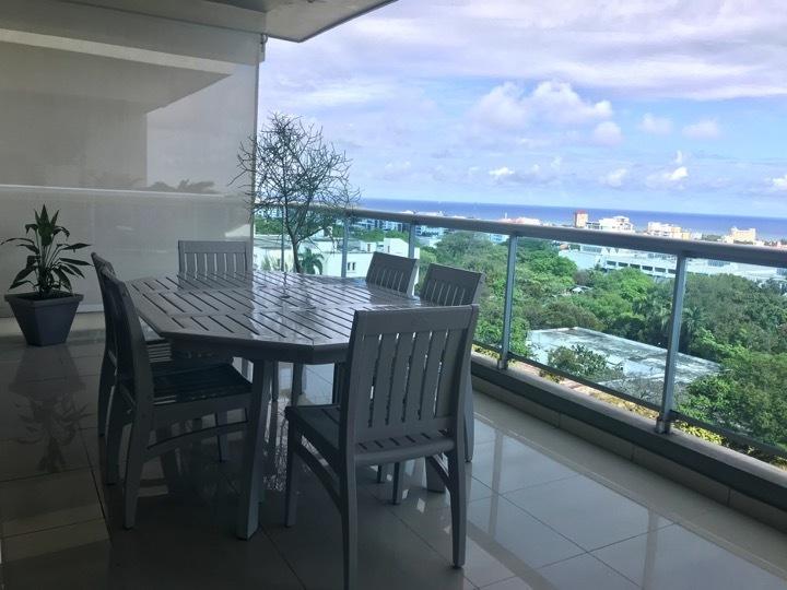6 de 16: El apartamento cuenta con dos balcones tipo terraza
