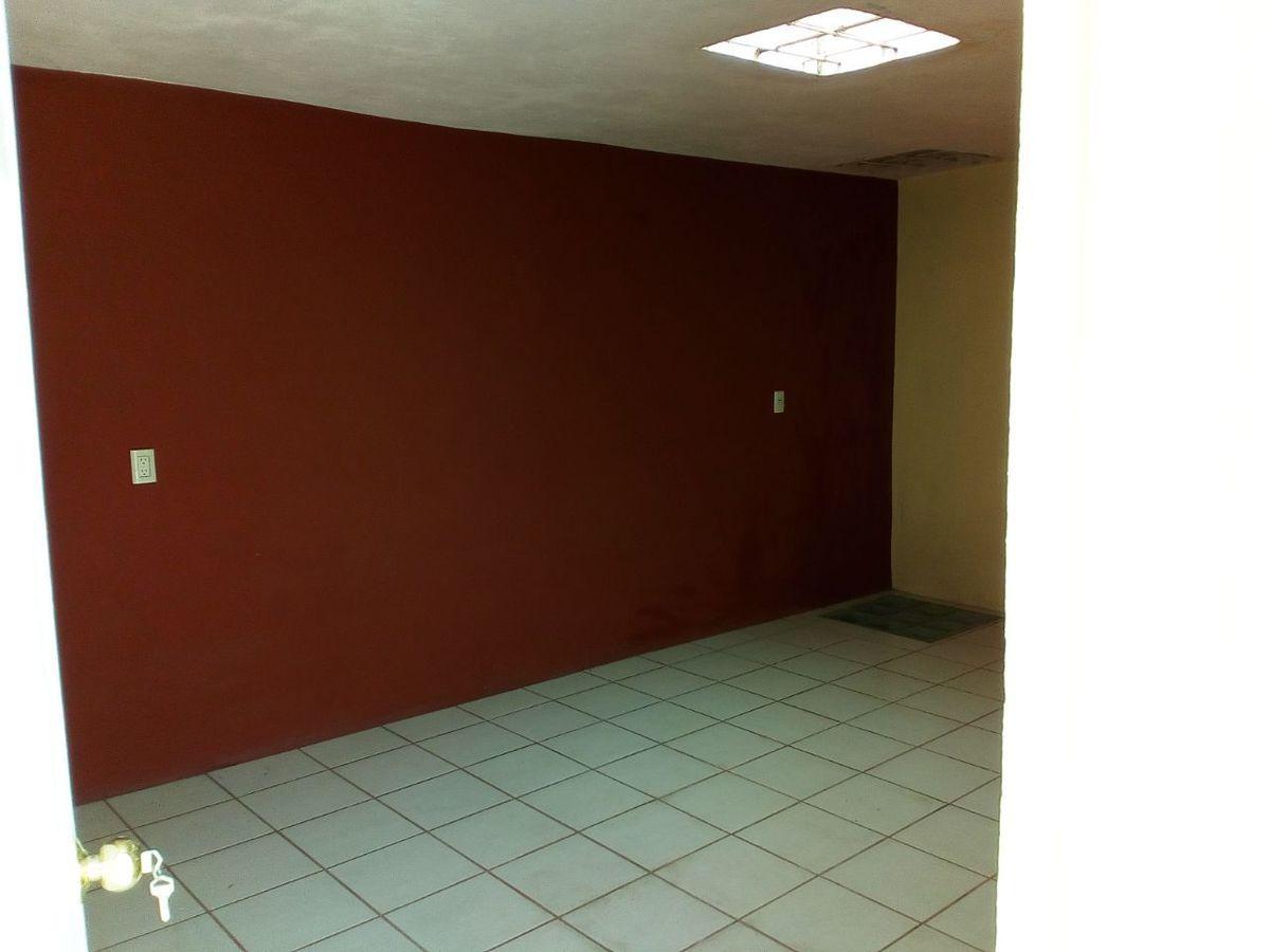 5 de 12: Habitación en primer nivel.