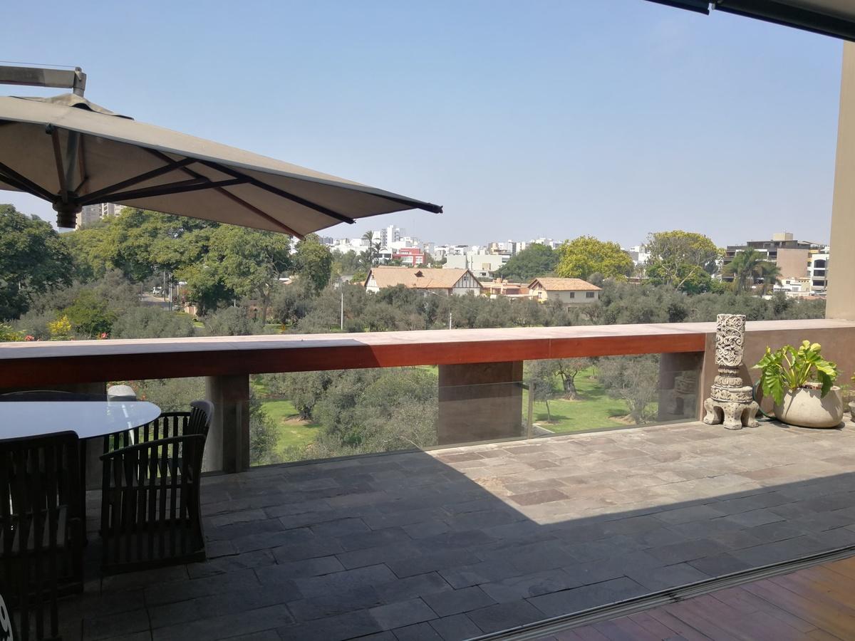 3 de 31: Maravillosa Terraza Privada con vista al Bosque El Olivar