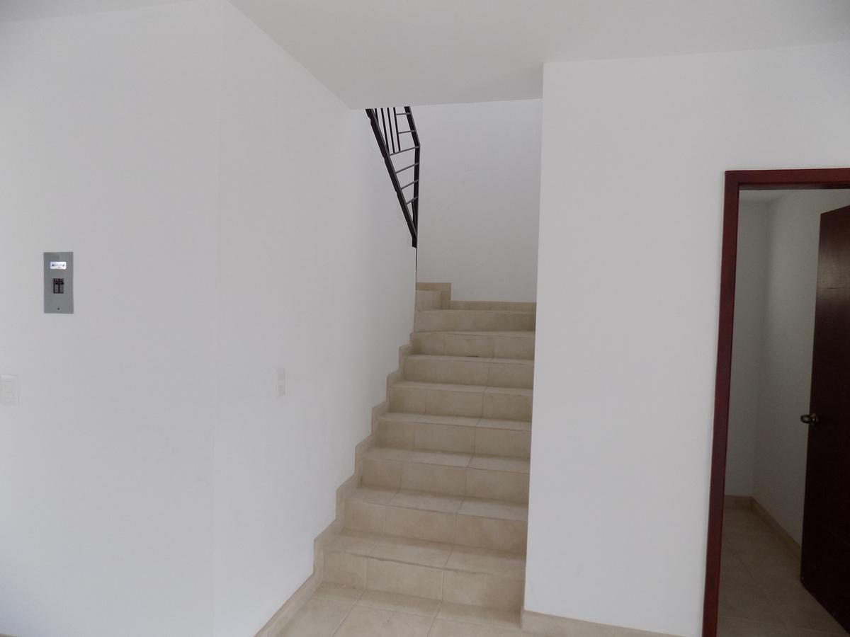 13 de 23: Escaleras