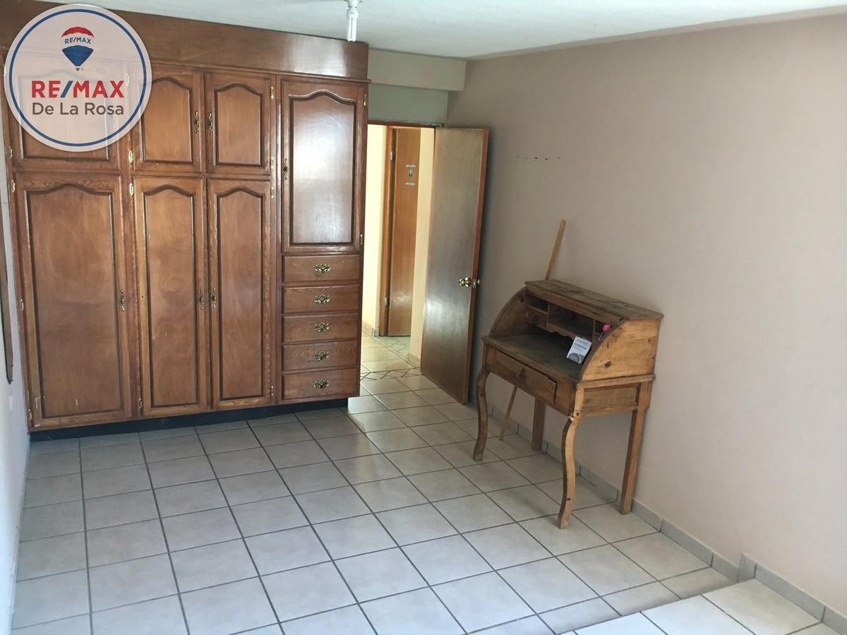 14 de 19: Cuarta habitación planta alta