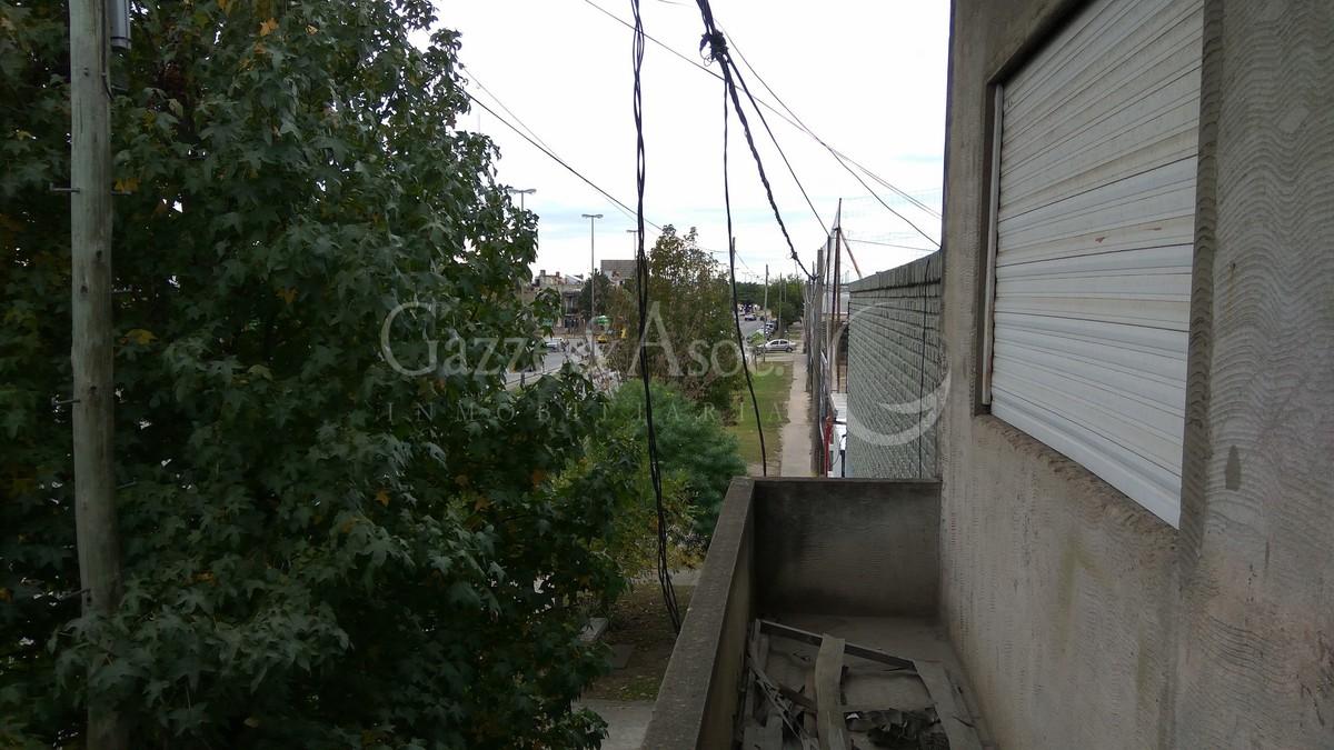 19 de 39: Balcón al frente