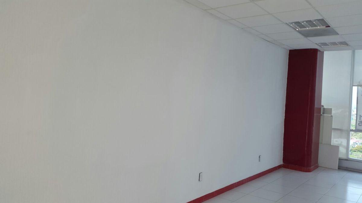10 de 12: Espacio sin muebles
