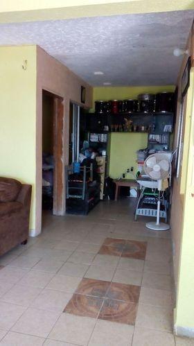 3 de 11: Casa de 6 recámaras en colonia Santa Cruz