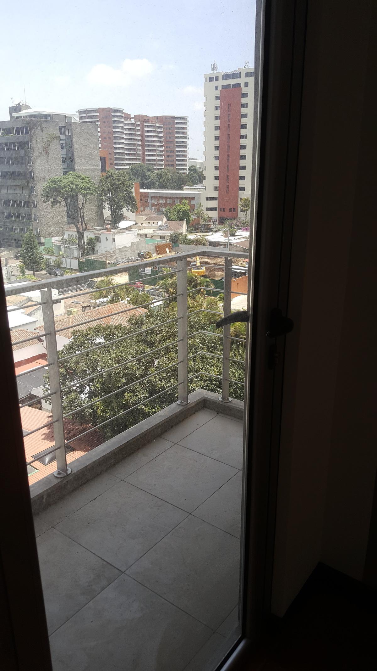 7 de 8: Balcón