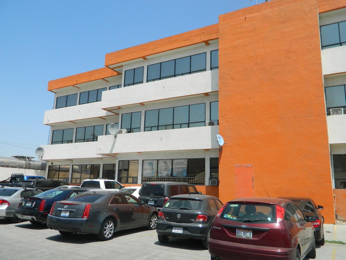1 de 6: vista lateral del ediuficio