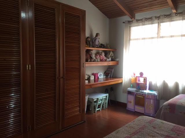 14 de 19: Dormitorio 2