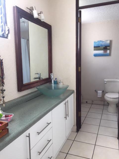 17 de 19: Baño de Dormitorio Principal