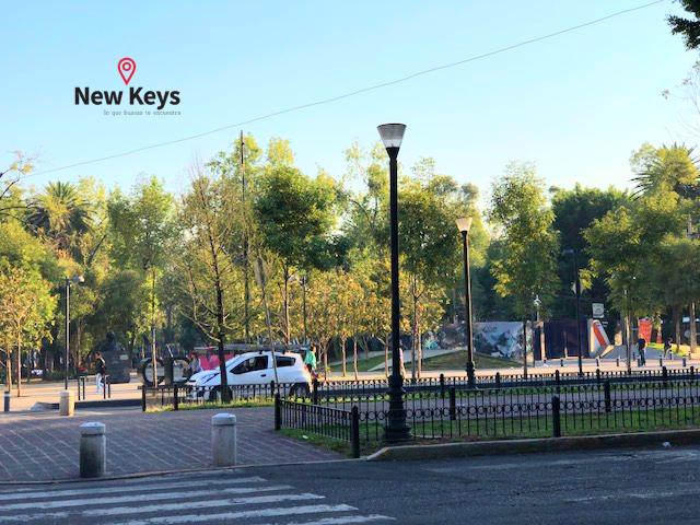 30 de 32: Avenida Álvaro Obregón Vista hacia el Jardín Pushkin
