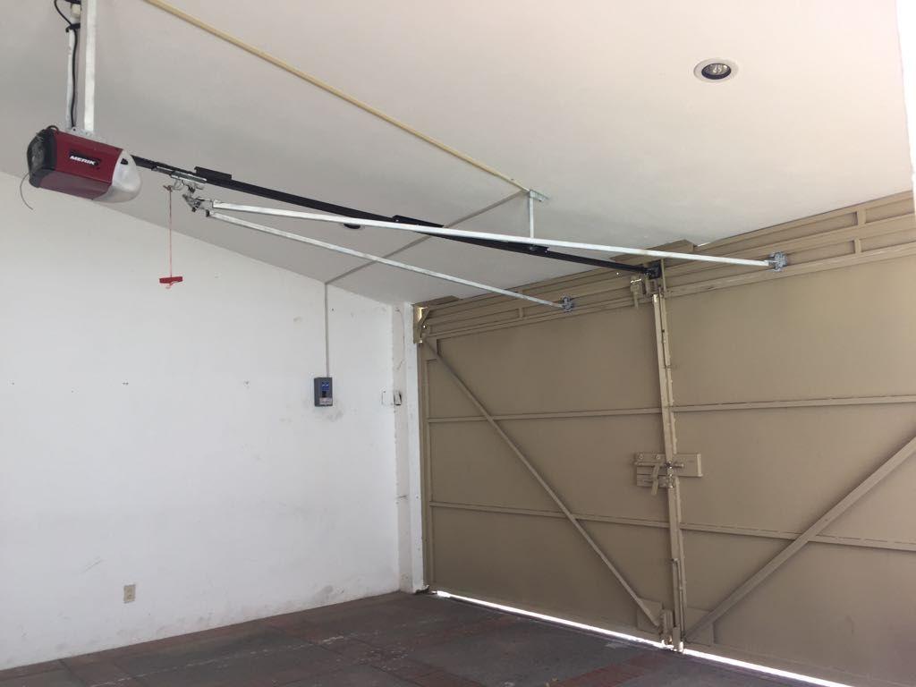 13 de 13: Garage Techado