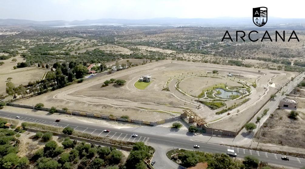 1 of 4: Vista Aérea de ARCANA Boutique Living