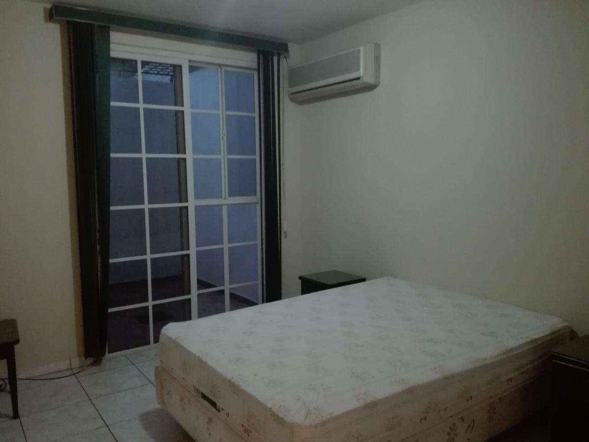 7 de 8: Dormitorio Principal, con aire acondicionado.