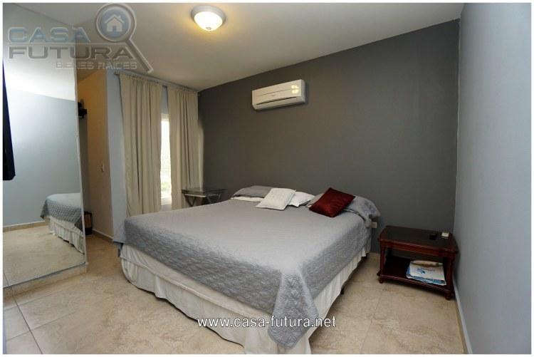 4 de 24: Dormitorio Principal