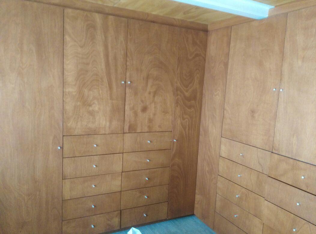 12 de 13: recamaras secundarias con amplio closet y tapanco