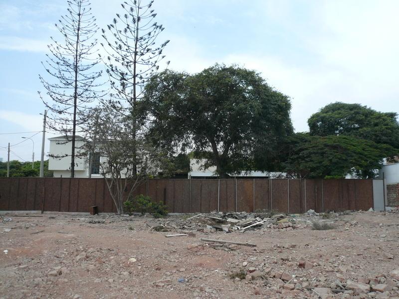 8 de 20: Esquina en venta en ubicación absolutamente residencial