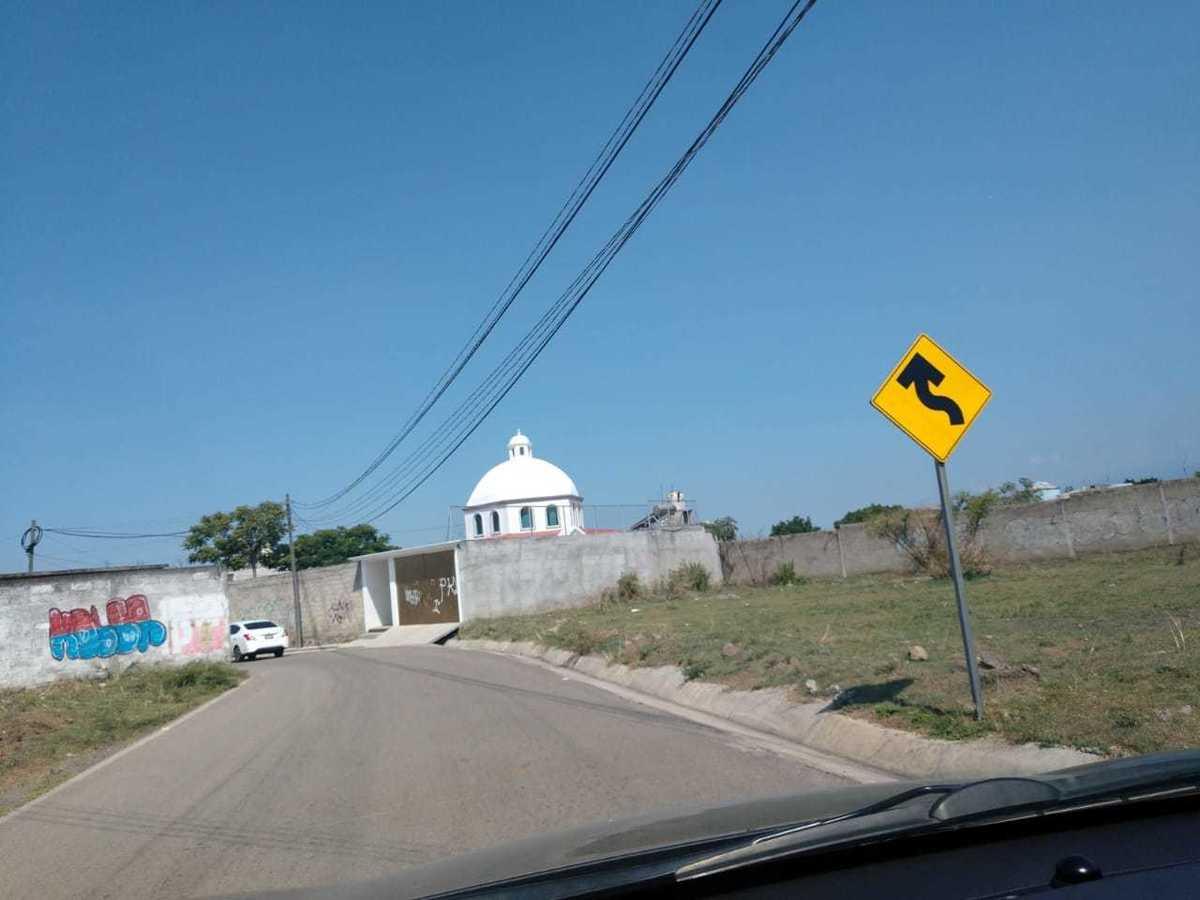 5 de 12: PRIMERAS CASAS EN LA ZONA CON TODOS LOS SERVICIOS
