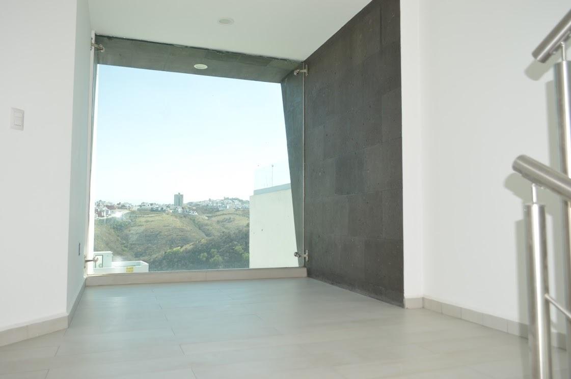3 de 11: Área de tv, vista panorámica.