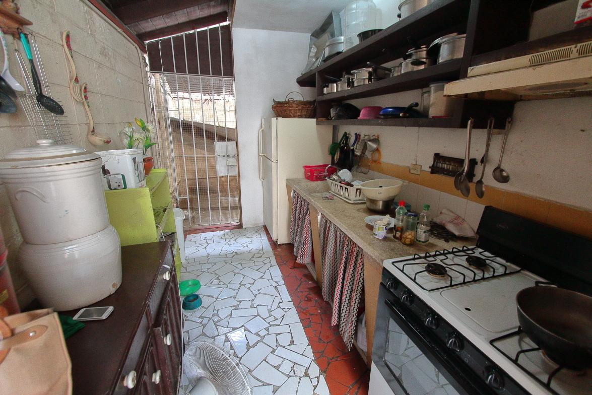 9 de 25: Cocina secundaria (caliente)