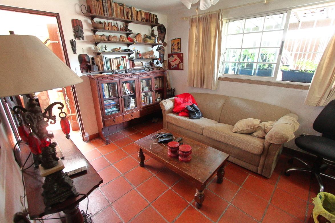 11 de 25: Habitación usada como estudio u oficina