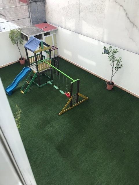32 de 33: Área Juegos Infantiles