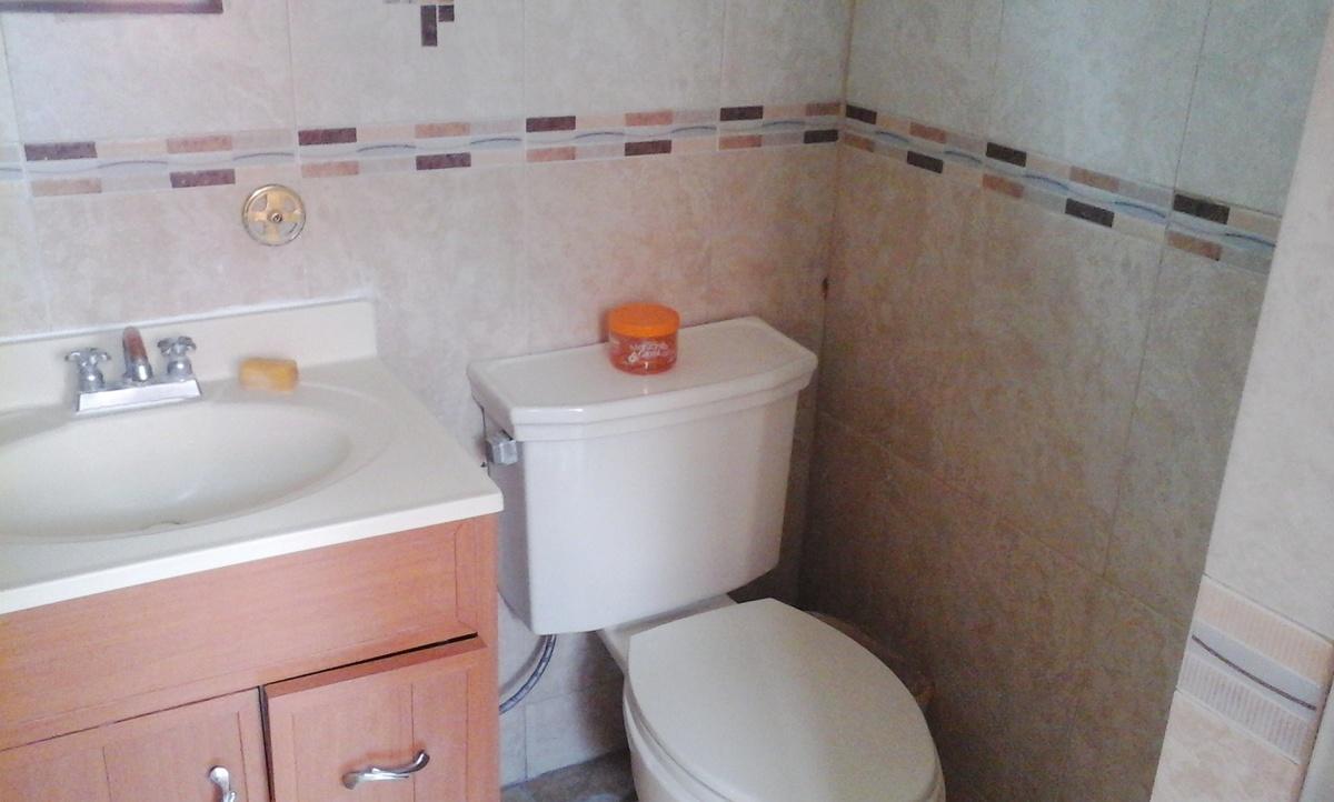 10 de 11: mrdio baño