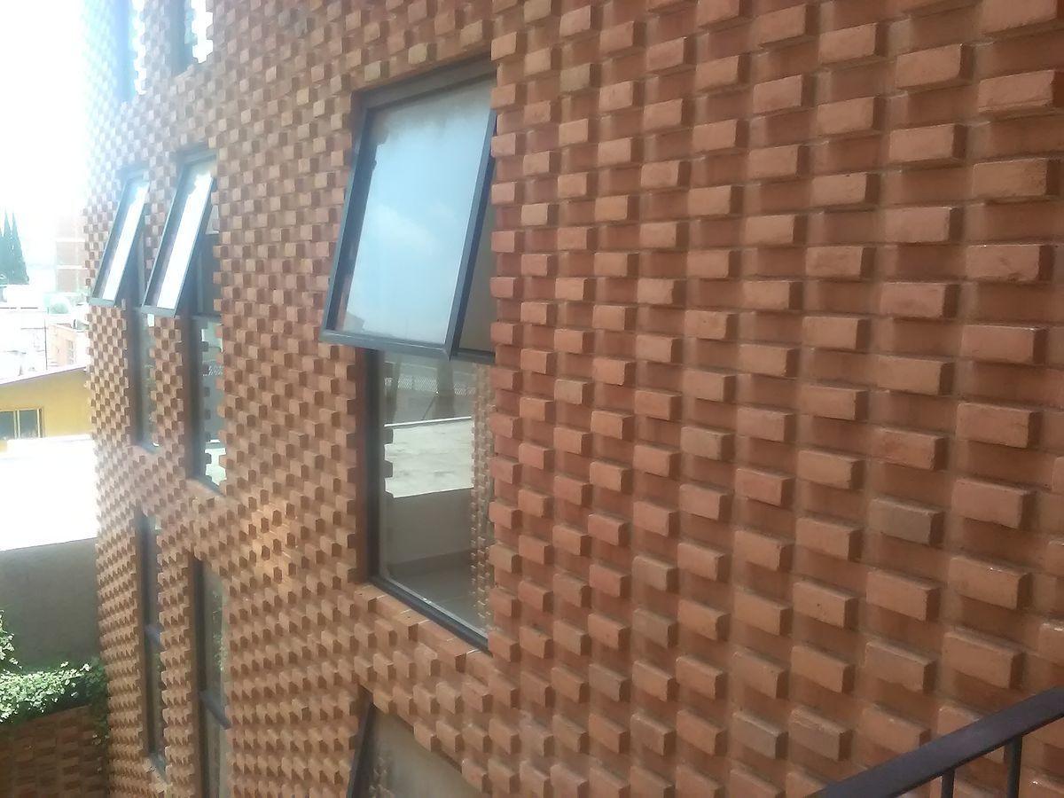 19 de 21: Fachada exterior del edificio