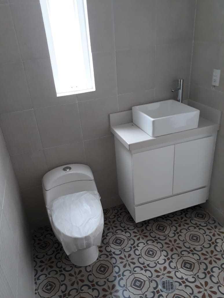 29 de 42: baño que da servicio a dos recámaras